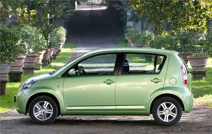 Daihatsu Sirion 2005 - Car Review