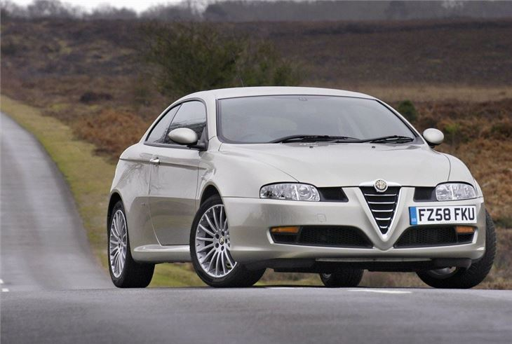 alfa romeo gt 2004 car review honest john. Black Bedroom Furniture Sets. Home Design Ideas