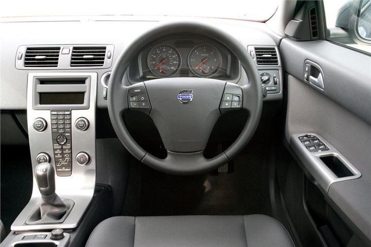 Volvo S40 2004