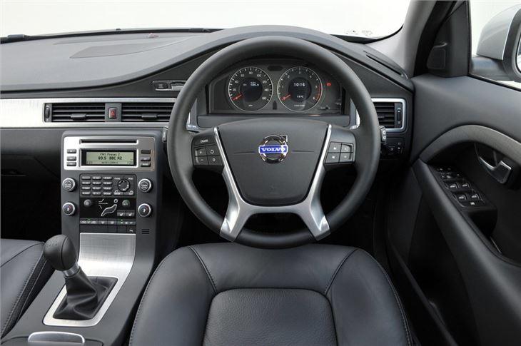 Volvo XC70 2007 - Car Review | Honest John