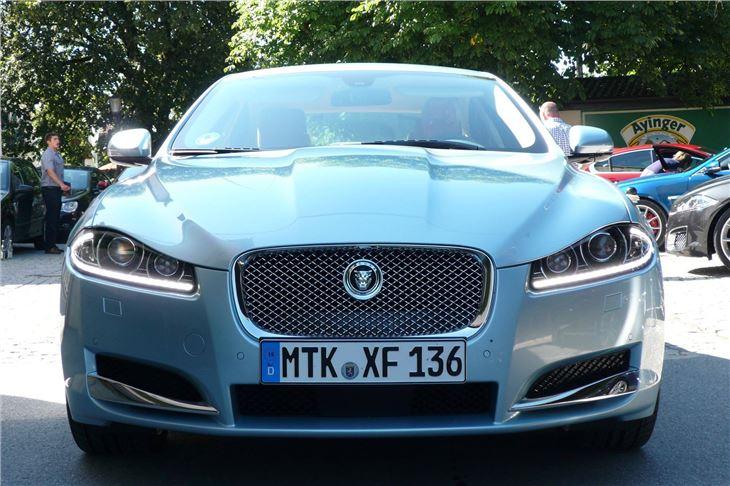jaguar xf 2 2d 2011 road test road tests honest john. Black Bedroom Furniture Sets. Home Design Ideas