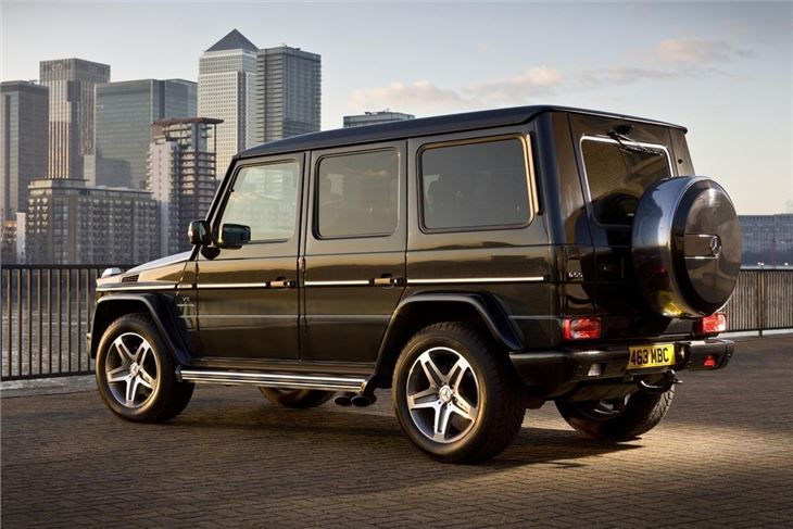 Mercedes benz g class w463 2010 car review honest john for Buy mercedes benz g class