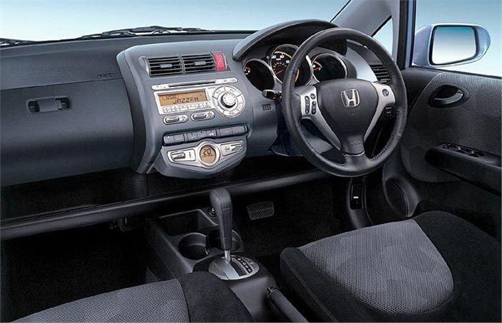 Cost To Paint A Car >> Honda Jazz 2005 CVT-7 Road Test | Road Tests | Honest John