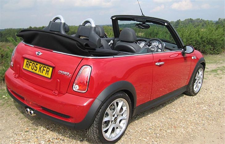 mini cooper s convertible r52 2005 road test road tests. Black Bedroom Furniture Sets. Home Design Ideas