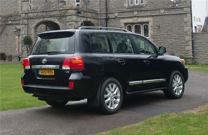2015 Range Rover Price >> Toyota Land Cruiser V8 2008 - Car Review | Honest John