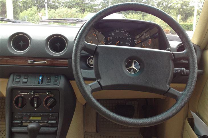 Mercedes Benz W123 230e 1986 Road Test Road Tests