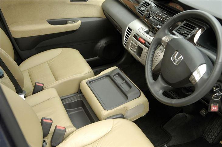 Honda Fit Mpg >> Honda FR-V 2004 - Car Review | Honest John