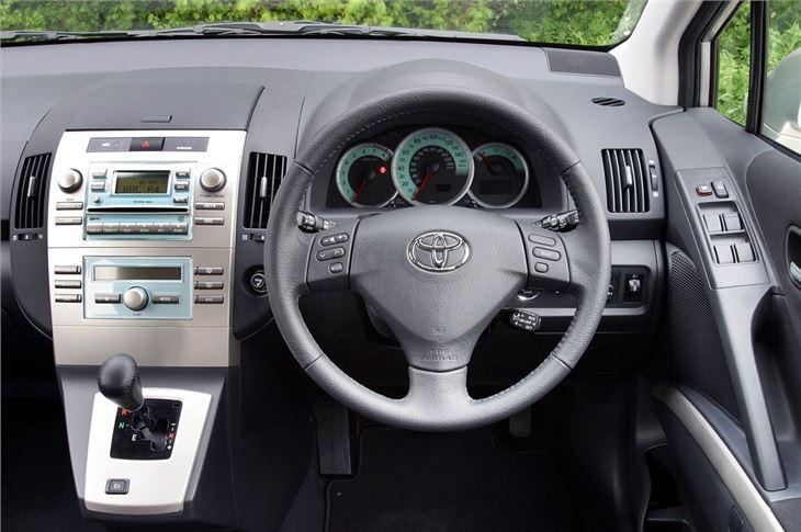Toyota Corolla Verso 2004 Car Review Honest John