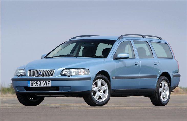 Volvo V on 2000 Volvo Xc70 Awd