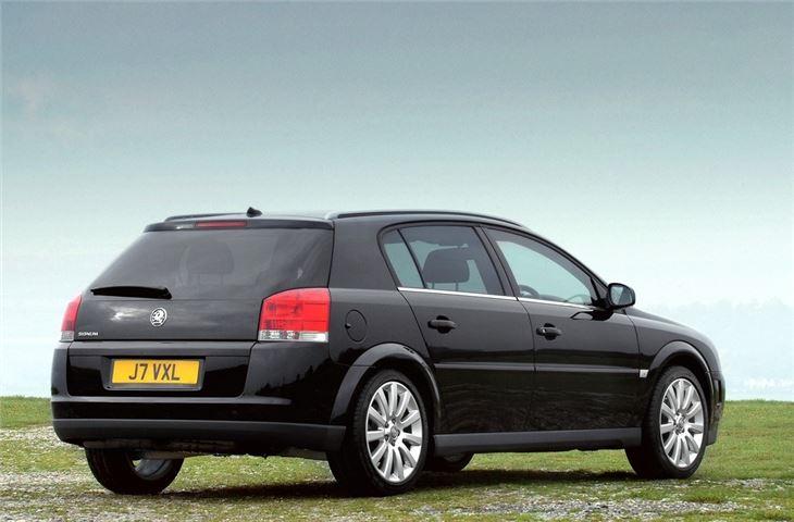Car Finance Calculator >> Vauxhall Signum 2003 - Car Review | Honest John