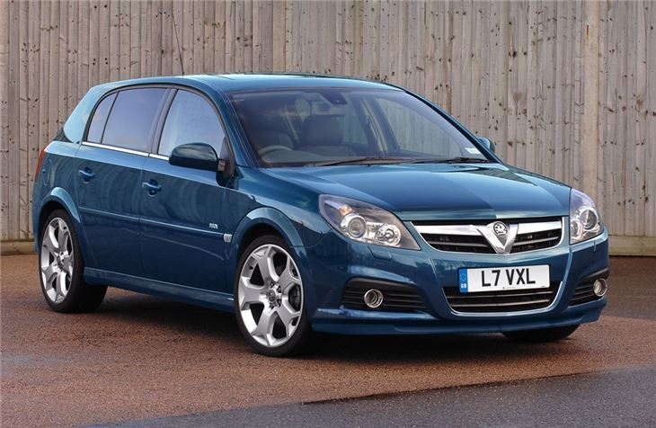 vauxhall signum 2003 car review honest john. Black Bedroom Furniture Sets. Home Design Ideas