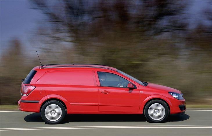 Minivan For Sale >> Vauxhall Astravan 2006 - Van Review | Honest John
