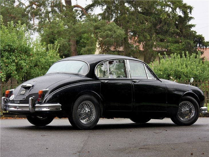 jaguar mk2 classic car review honest john. Black Bedroom Furniture Sets. Home Design Ideas