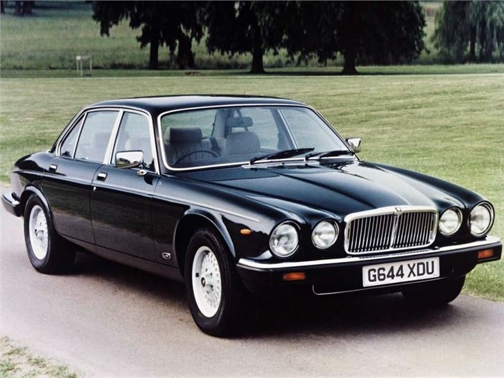 Jaguar Xj6 Xj12 Classic Car Review Honest John