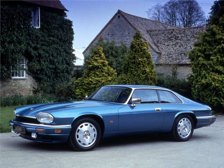 jaguar xj s classic car review honest john. Black Bedroom Furniture Sets. Home Design Ideas