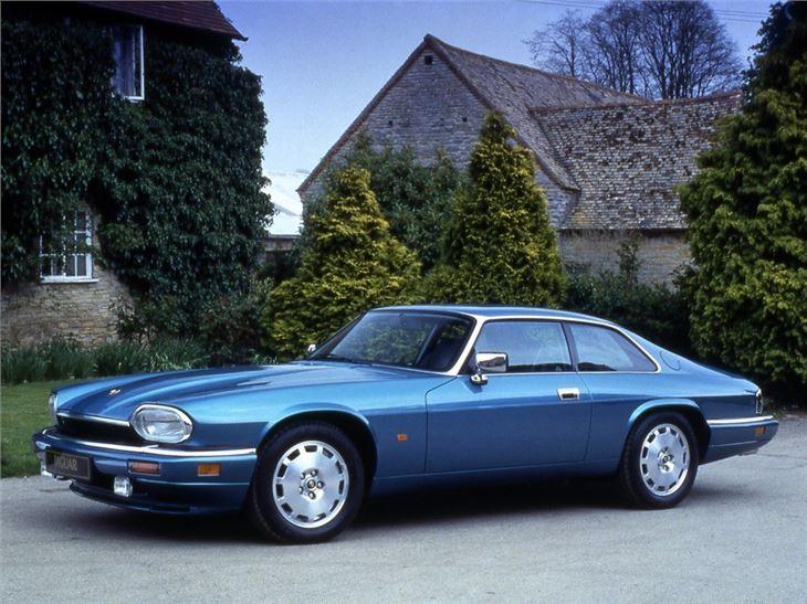 jaguar xj s classic car review honest john. Black Bedroom Furniture Sets. Home Design Ideas