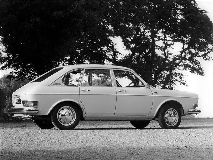 Volkswagen%20411%20(5).jpg