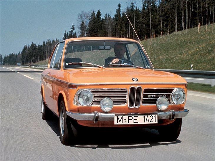 BMW 2002/Cabriolet/tii/Touring - Classic Car Review