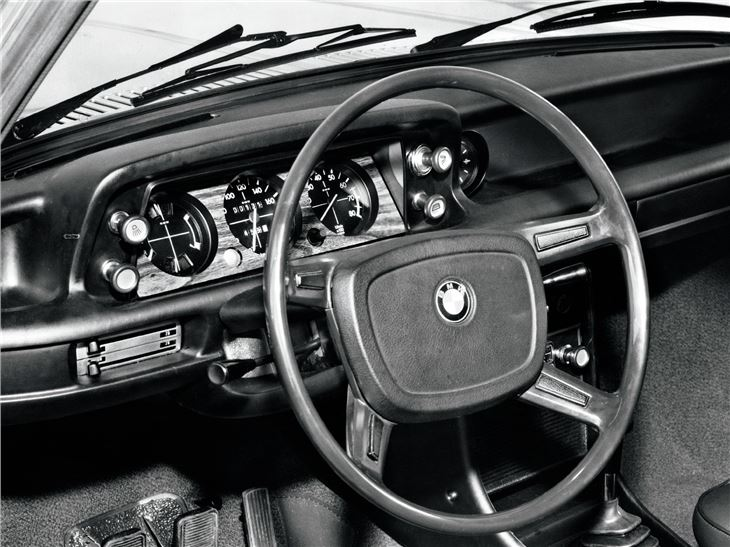 BMW 2002 Tii For Sale >> BMW 2002/Cabriolet/tii/Touring - Classic Car Review   Honest John