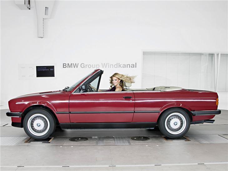 Florilège de E30 CAB - Page 3 BMW%20325i%20Cabriolet%20(1)