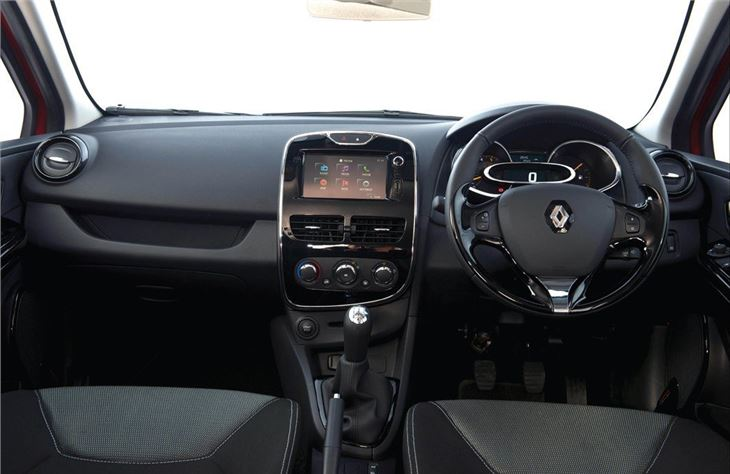 renault clio iv 2013 car review honest john. Black Bedroom Furniture Sets. Home Design Ideas
