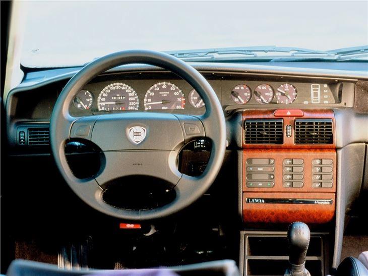 Lancia Dedra - Classic Car Review   Honest John