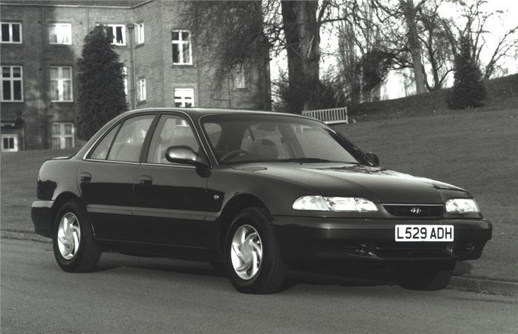 hyundai sonata 1992 car review honest john. Black Bedroom Furniture Sets. Home Design Ideas