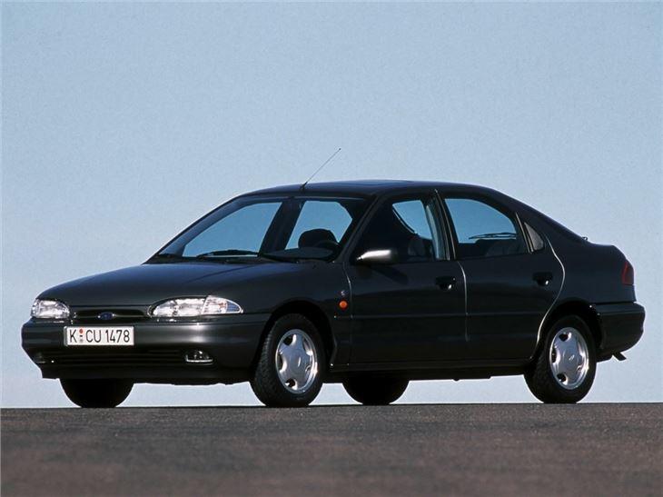 Ford Mondeo Mk1 - Classic Car Review   Honest John