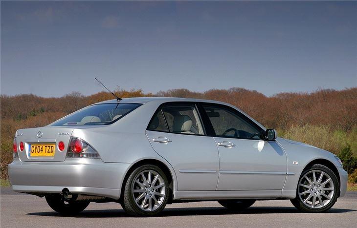 lexus is 1999 car review honest john. Black Bedroom Furniture Sets. Home Design Ideas