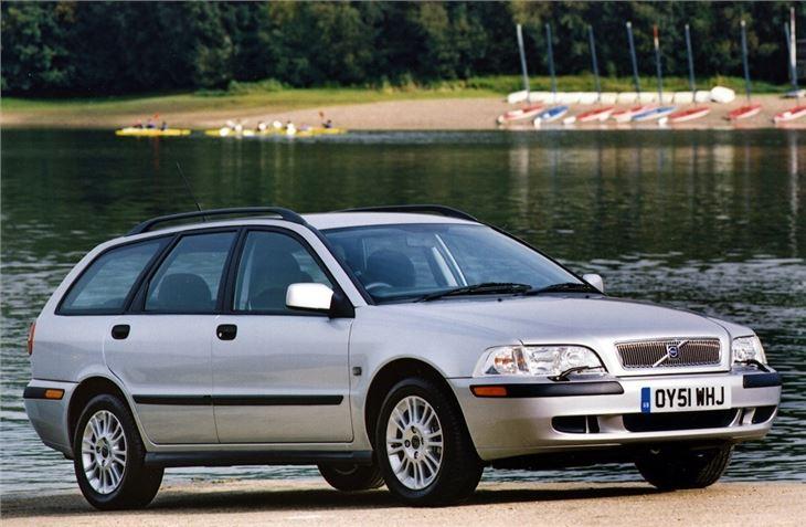 Volvo S40/V40 1996 - Car Review | Honest John