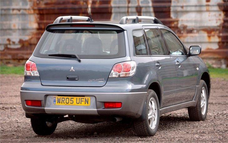 Cheap Auto Insurance >> Mitsubishi Outlander 2004 - Car Review | Honest John