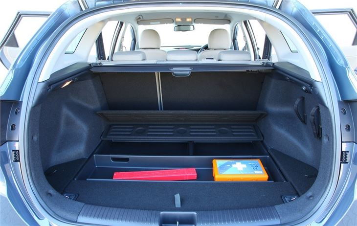 Kia Cee D Sportswagon 2012 Car Review Honest John