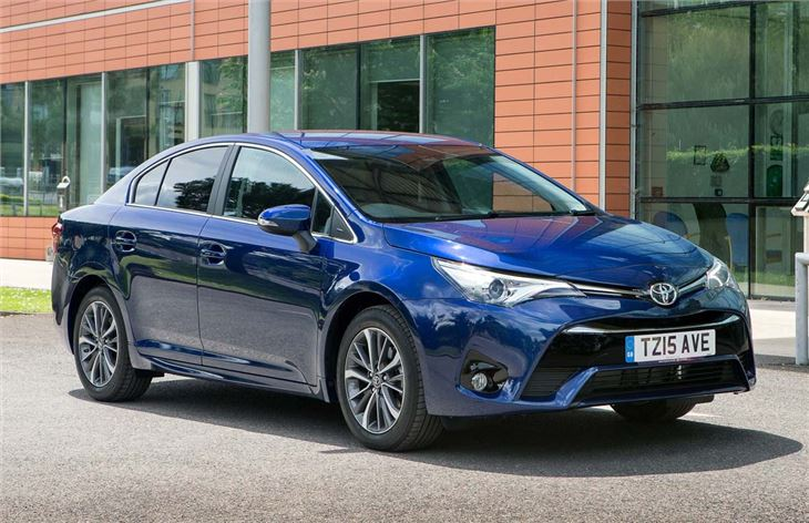 Toyota Avensis 2015 - Car Review | Honest John