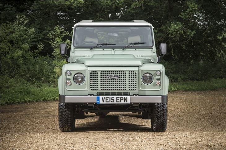 Land Rover Defender 90 Heritage 2016 Road Test Road