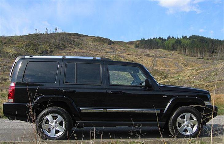 jeep commander 2006 road test road tests honest john. Black Bedroom Furniture Sets. Home Design Ideas