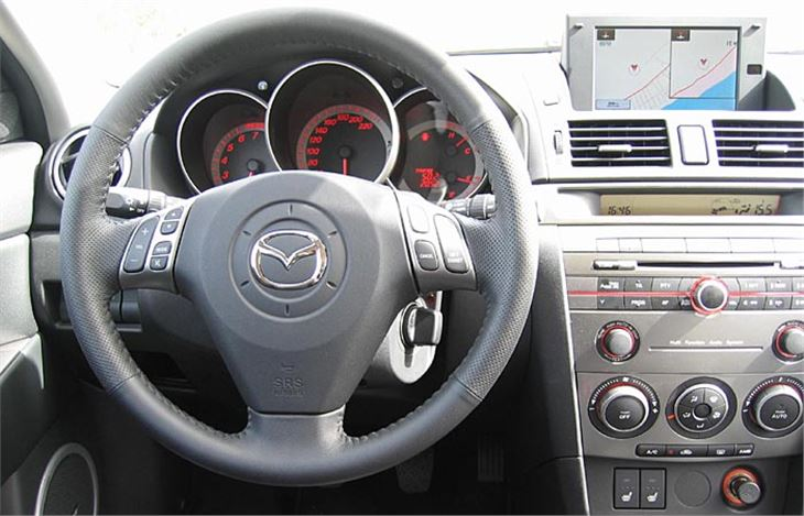 mazda 3 2006 facelift road test road tests honest john. Black Bedroom Furniture Sets. Home Design Ideas