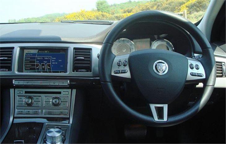 Jaguar Xf 4 2 2008 Road Test Road Tests Honest John