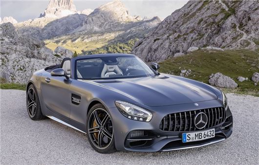 Mercedes-AMG GT Roadster revealed