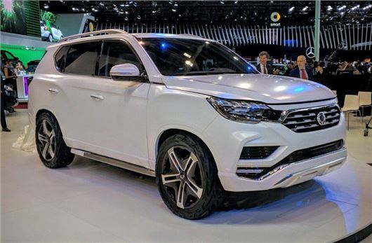 New Ssangyong LIV-2 concept unveiled at Paris motor show