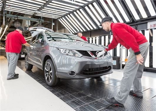 United Kingdom vehicle manufacturing in March reaches 17 year high