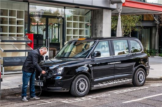 Electric taxi gets approval to work across London