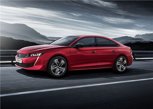 Peugeot shows off the 508 and a Rifter 4x4 concept
