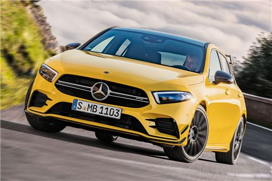 Mercedes C-class facelift launched at Rs 40.00 lakh