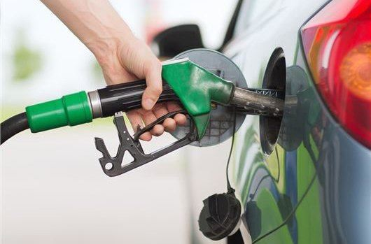 Supermarkets slash the price of petrol