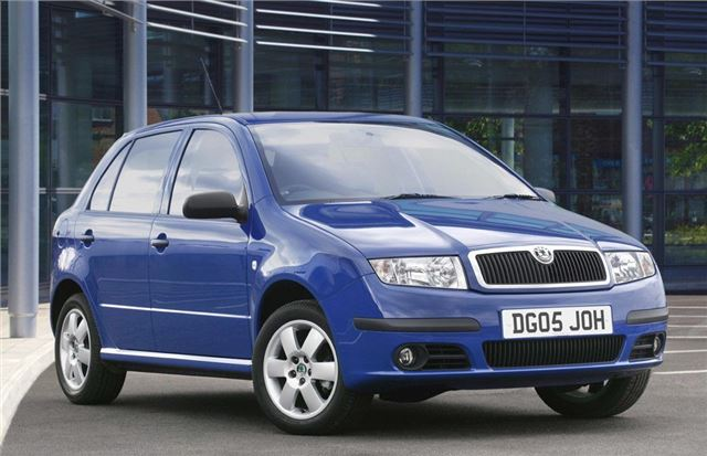 skoda fabia 2000 car review honest john. Black Bedroom Furniture Sets. Home Design Ideas