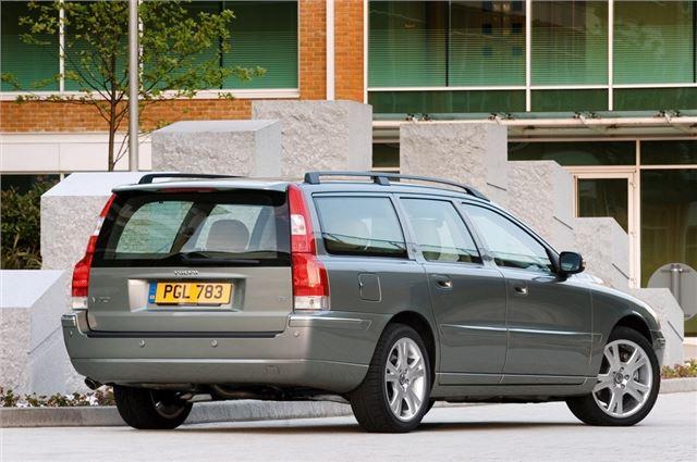 Volvo V70/XC70 2000 - Car Review | Honest John