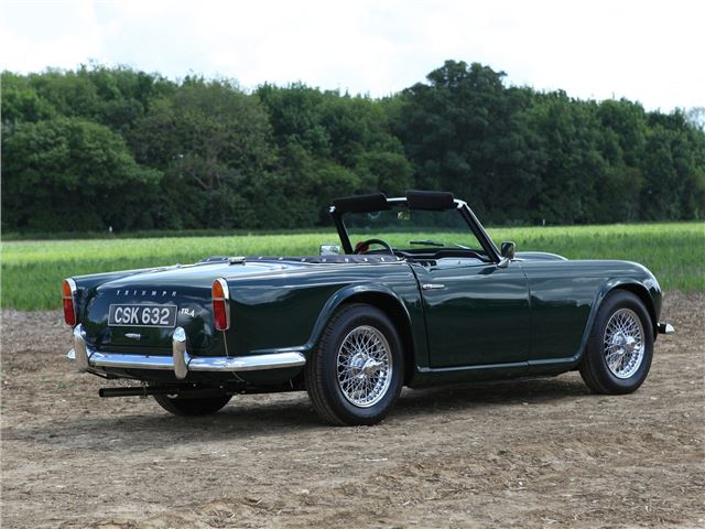Buying Selling Cars >> Triumph TR4/TR4A - Classic Car Review | Honest John