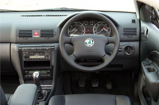 Skoda Octavia 1998 - Car Review | Honest John
