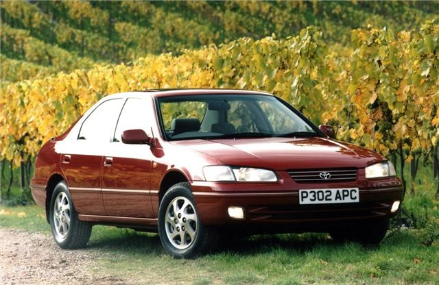 toyota camry 1996 car review honest john. Black Bedroom Furniture Sets. Home Design Ideas