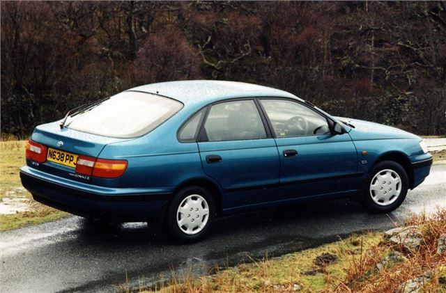 Toyota Carina E 1992 - Car Review | Honest John